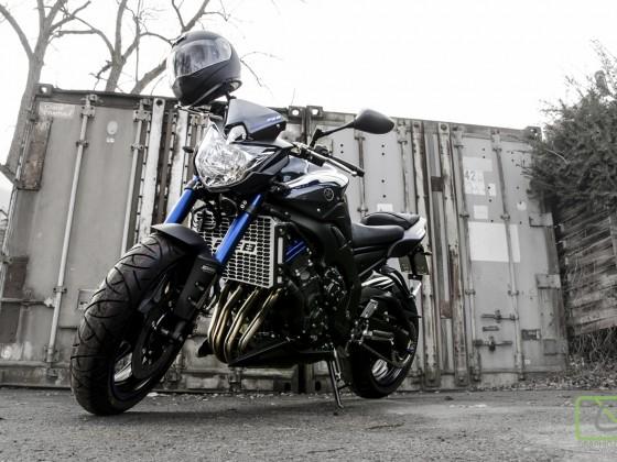 FZ-8 Race Blue '14